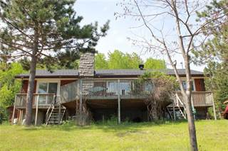 Single Family for rent in 3263 OLD BARRY'S BAY ROAD, Madawaska Valley, Ontario