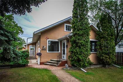 Admirable For Sale 1022 6Th St Brandon Manitoba R7A3R1 More On Point2Homes Com Home Interior And Landscaping Oversignezvosmurscom