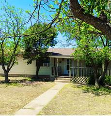 Residential Property for sale in 208 W 8th St., McCamey, TX, 79752