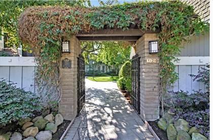 Residential Property for sale in 120 Oak Rim WAY 23, Los Gatos, CA, 95032