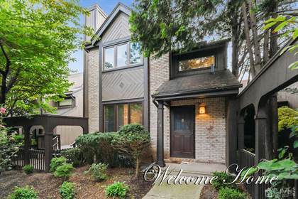 Residential Property for sale in 68 Riverbend Drive, North Brunswick, NJ, 08902