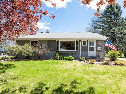 Residential for sale in 2730 Griggs Street N, Roseville, MN, 55113