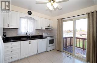 Single Family for rent in 10 Marlis Crescent, Kitchener, Ontario, N2E3K6
