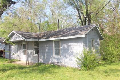 Multifamily for sale in 110,116 Pear Street, Buffalo, MO, 65622