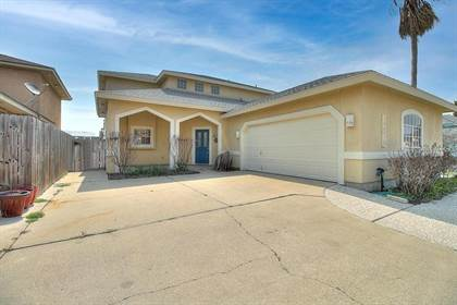 Residential Property for sale in 15318 Beaufort Ct, Corpus Christi, TX, 78418
