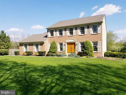 Residential Property for sale in 527 N SHADY RETREAT ROAD, Doylestown, PA, 18901