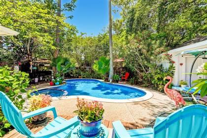 Residential for sale in 7627 Braesglen Drive, Houston, TX, 77071
