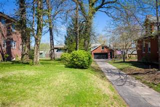Land for sale in 7117 Forsyth Boulevard, University City, MO, 63105