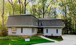 Single Family for sale in 1732 Trapnell Court, Dunwoody, GA, 30338