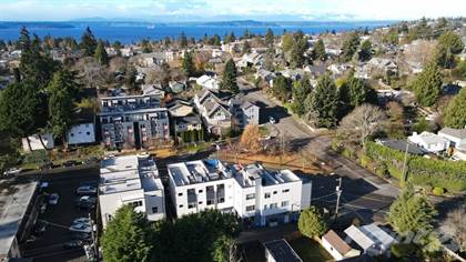 Townhouse for sale in 5912 Fauntleroy Way SW , Seattle, WA, 98136