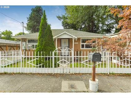 Residential Property for sale in 2105 SE 162ND AVE, Portland, OR, 97233