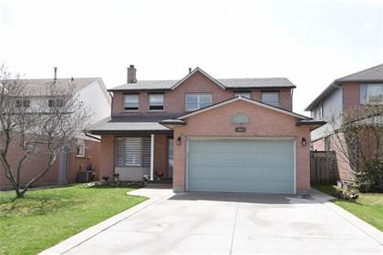 Residential Property for sale in 66 DRAGOON Drive, Hamilton, Ontario, L9B 2E4