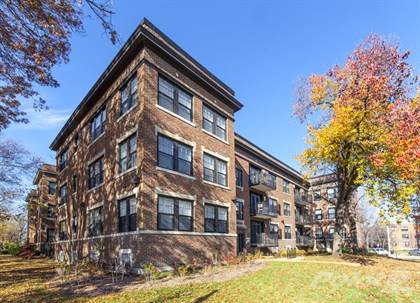 Apartment for rent in 741-45 Eastgate, University City, MO, 63130