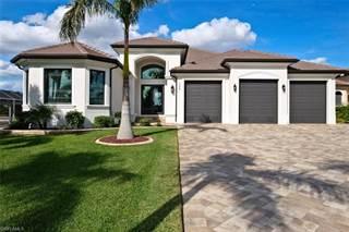 Single Family for sale in 135 Bayshore DR, Cape Coral, FL, 33904