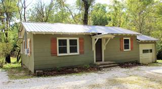 Single Family for sale in 817 W Bridge St, Keytesville, MO, 65261