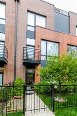 Townhouse for sale in 2335 West George Street, Chicago, IL, 60618