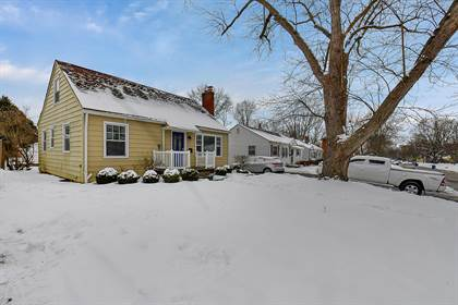 Residential for sale in 213 E Weisheimer Road, Columbus, OH, 43214