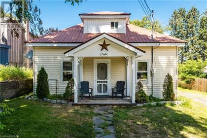 Single Family for sale in 8 DUNCAN STREET E, Huntsville, Ontario, P1H1P6