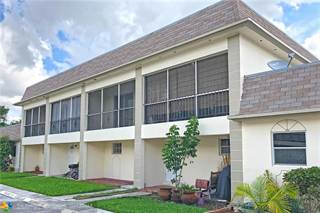 Townhouse for rent in 2460 Taylor St 2D, Hollywood, FL, 33020