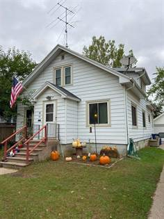 Residential Property for sale in 90 9th St, Clintonville, WI, 54929