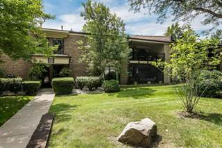 Condo for rent in 18467 University Park Drive, Livonia, MI, 48152
