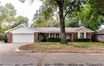 Residential for sale in 6225 Kingston Road, Oklahoma City, OK, 73122