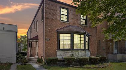 Residential Property for sale in 6249 North Ridgeway Avenue, Chicago, IL, 60659