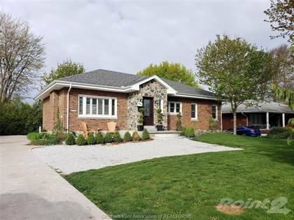 Residential for sale in 690 Queen Street, Chatham, Ontario, N7M 2K2