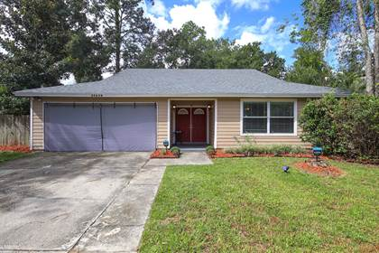 Residential Property for sale in 10516 CHIPPENDALE CIR E, Jacksonville, FL, 32257