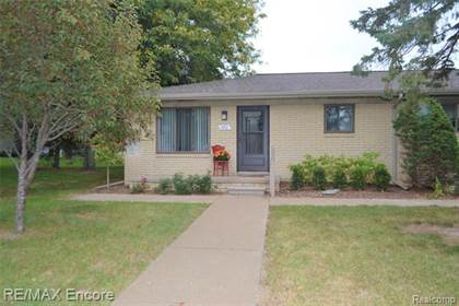Residential Property for sale in 382 HILLCREST Court, Oxford, MI, 48371