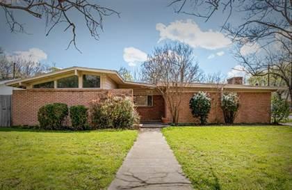 Residential for sale in 6900 Van Natta Lane, Fort Worth, TX, 76112