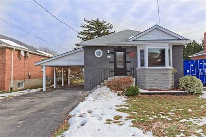 Residential Property for sale in 213 East 32nd St, Hamilton, Ontario, L8V 3S3