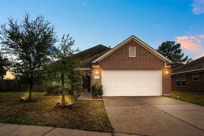 Residential Property for sale in 8007 Gray Jay Drive, Houston, TX, 77040