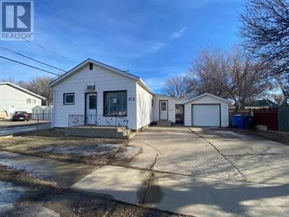 Single Family for sale in 721 8 Avenue SE, Medicine Hat, Alberta, T1A3C5