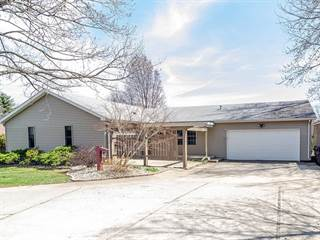 Single Family for sale in 104 South Lake Of The Woods Road, Mahomet, IL, 61853