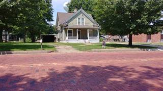 Single Family for sale in 1118 Central St, Harper, KS, 67058