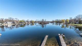 Single Family for sale in 8885 Lagoon Drive, Brighton, MI, 48116