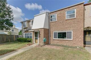 Townhouse for sale in 870 Jamestown Landing Road, Virginia Beach, VA, 23464