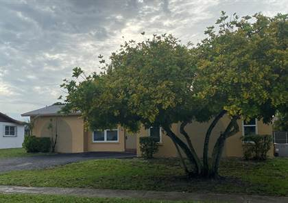 Residential Property for sale in 1111 NW 93rd Terrace, Pembroke Pines, FL, 33024