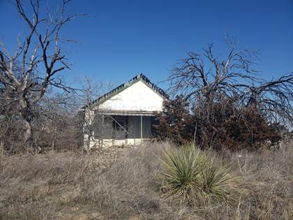 Residential Property for sale in 703 E 3rd St, McLean, TX, 79057