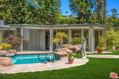 Residential Property for sale in 1705 Loma Vista Dr, Beverly Hills, CA, 90210