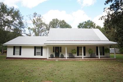Residential Property for sale in 7035 Robertson Rd., Meadville, MS, 39653