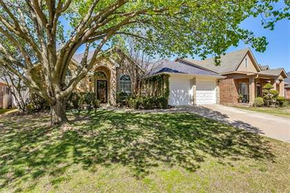 Residential for sale in 6424 Greenbriar Lane, Fort Worth, TX, 76132