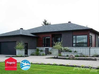 Residential Property for sale in Rue de Liège, Saint-Colomban, Quebec, J5K1A7