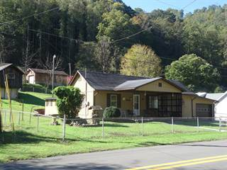 Single Family for sale in 1937 FROG LEVEL ROAD, Welch, WV, 24801
