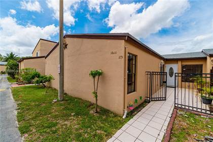 Residential Property for sale in 11600 SW 2nd St 105, Sweetwater, FL, 33174