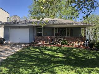 Single Family for sale in 804 South Locust Street, Pontiac, IL, 61764