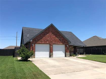 Residential Property for sale in 113 SW 9th, Moore, OK, 73160