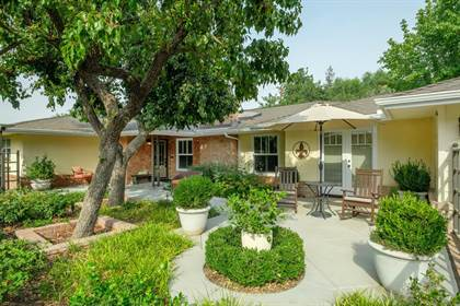 Residential for sale in 4076 N Van Ness Blvd Boulevard, Fresno, CA, 93704