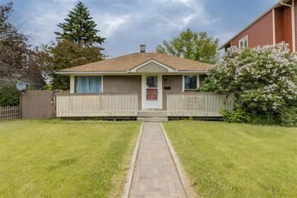 Single Family for sale in 1050 Regal Crescent NE, Calgary, Alberta, T2E5H1